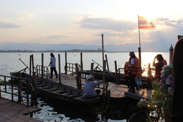 Kwan (Lake) Phayao.